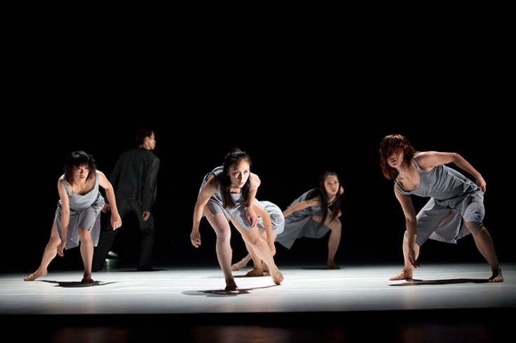 """Water Bloom"" Kuik Swee-boon / T.H.E. Dance Company"